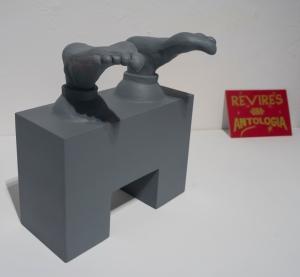 Renato Garza Cervera:  Los pies de Juárez (2003 - 2014). Propuesta para momumento (maqueta y proyecciones en 3D impresas).
